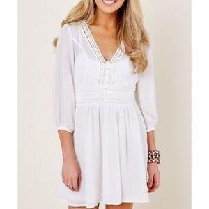 M Lulus white dress size medium eyelet ivory